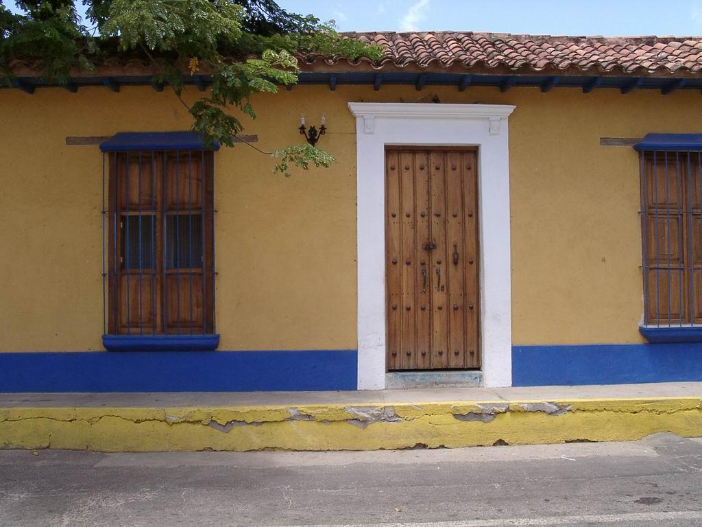 Fachadas de casas coloniales mexicanas fotos fachadas - Imagenes de fachadas de casas ...