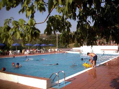 Per informazioni su corsi di nuoto aerobica acquagymn ed - Piscina comunale livorno corsi acquagym ...