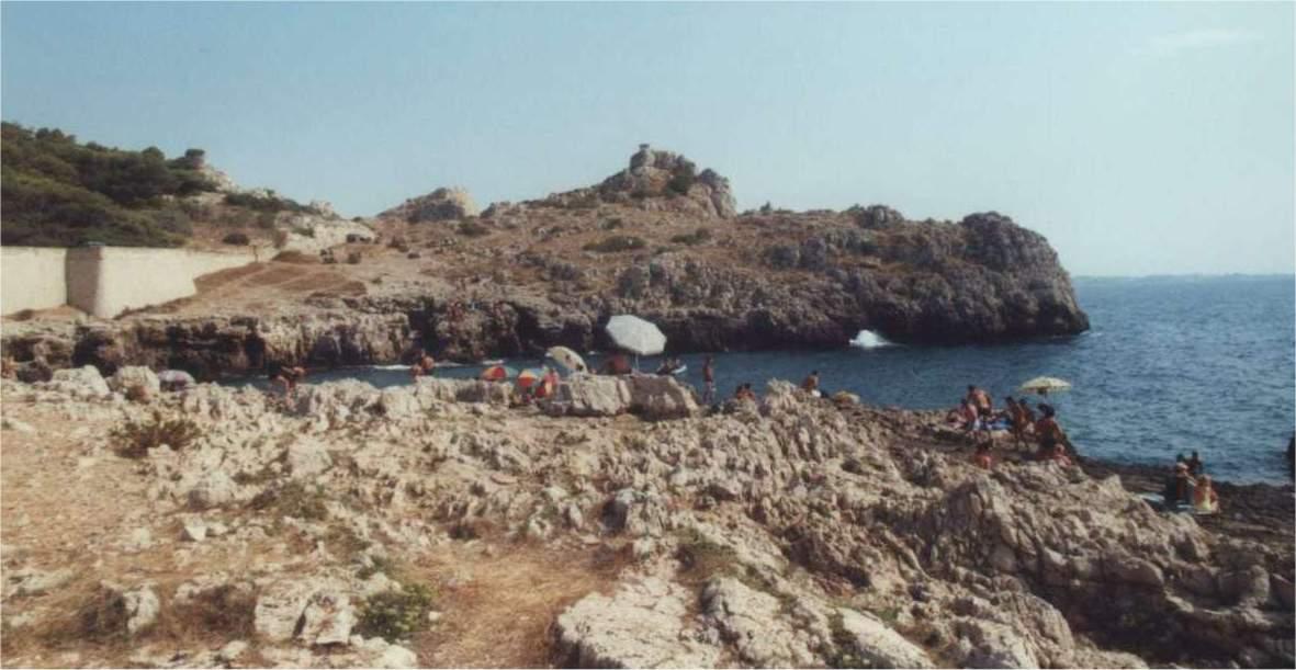 Foto di SANTA MARIA AL BAGNO (tratta da http://web.tiscali.it/gengish/salento14.html)