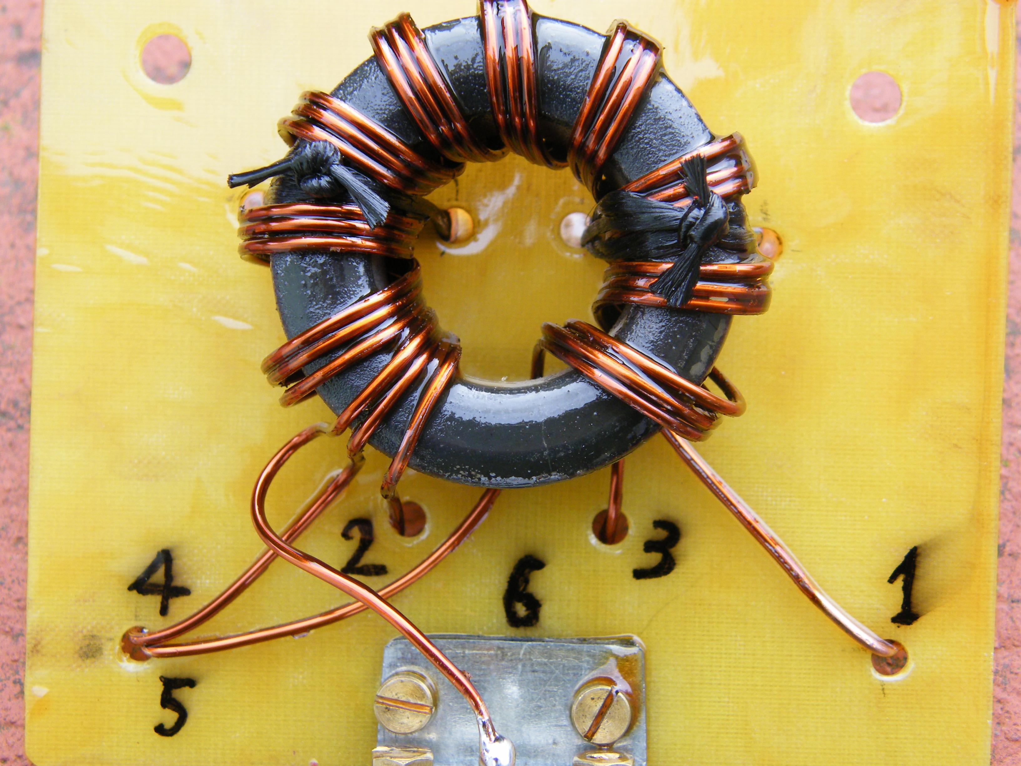 Balun rapporto 1:1 per antenna MORGAIN