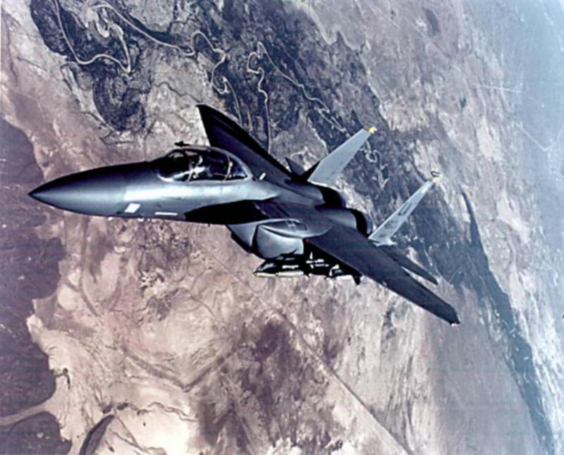 لقطات أقدمها لكم عن الطائرة الحربية f 15