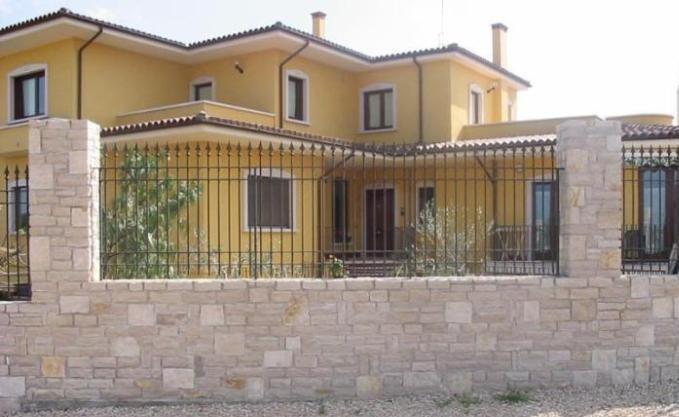 Great cubetti with facciate case rustiche for Facciate di case classiche