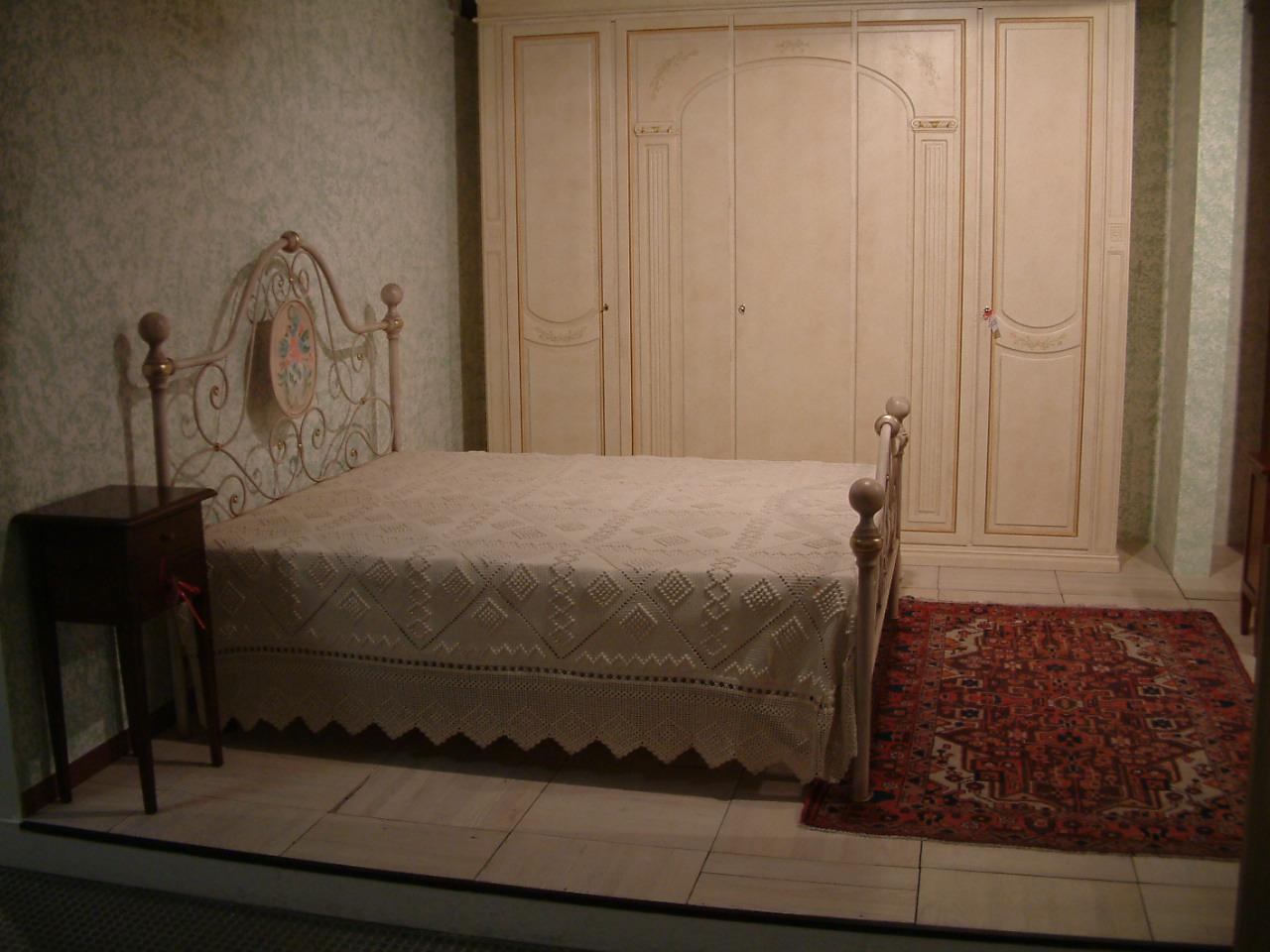 Camere da letto - Letto stile veneziano ...