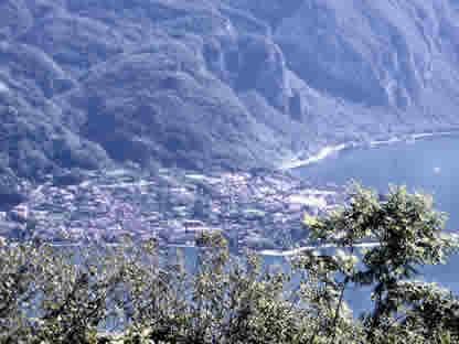 Gran panorama dall'Alpe di Crezzo su 'quel ramo del lago di Como'