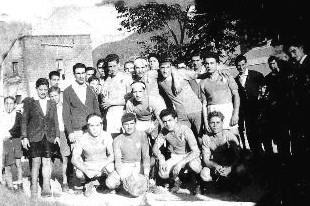La prima foto che ritrae una formazione del Sant'Agata 1949