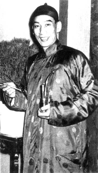 Sifu Kwan Tak Hing, il Wong Fei Hung cinematografico